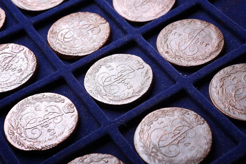 Хожу с металлоискателем монеты не попадаются