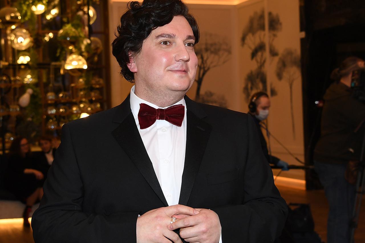 В Москве знакомый занял деньги у актера сериала «Кухня» и пропал