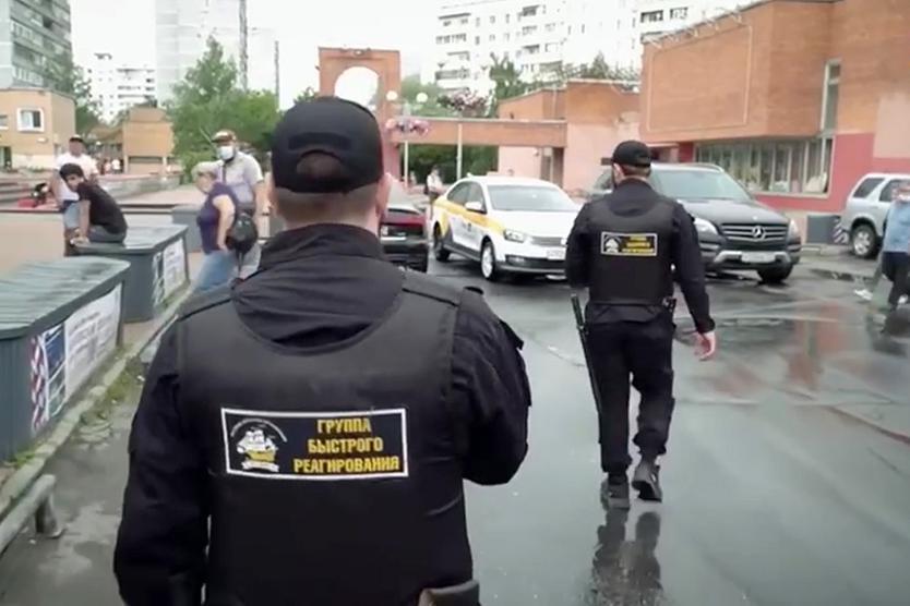 «Бороды у всех до плеч» Кто и зачем решил создать в Москве «чеченский патруль»?